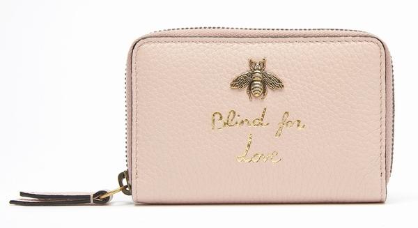 Gucci 饰蜜蜂钱夹  图片源自品牌