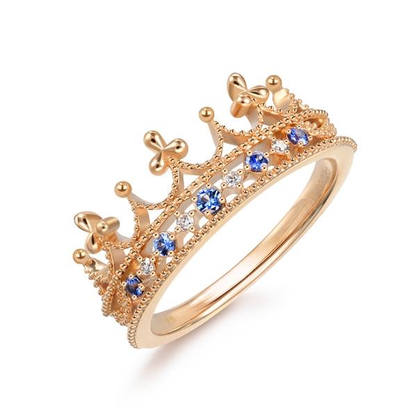 周生生V&A博物馆「Bless」系列蓝宝石戒指  图片源自品牌