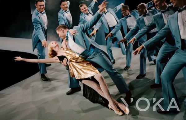 Gucci广告大片以¡¶封面女郎¡·£¨1944年£©为灵感来源