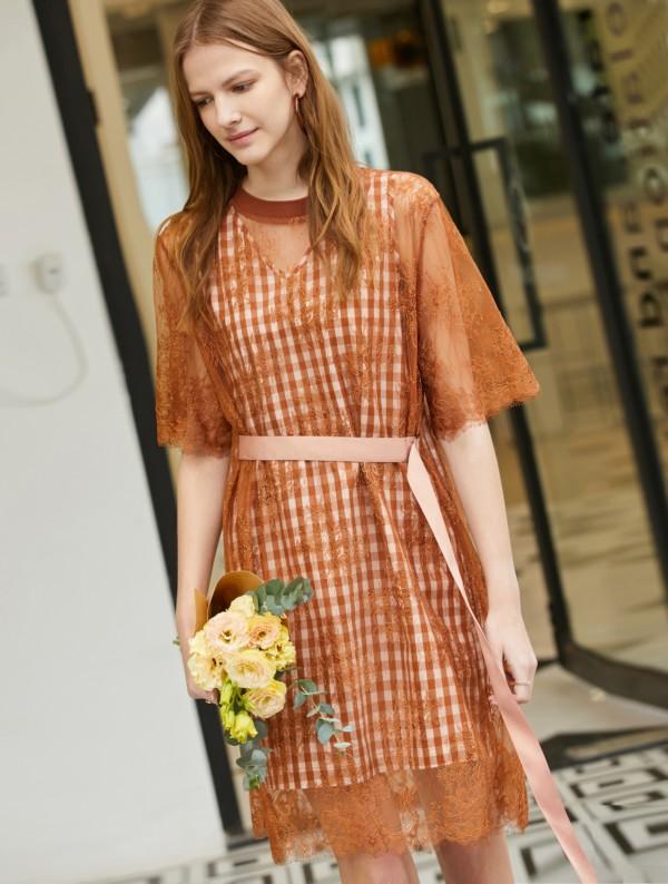 Amii穿好橙色,才是真的美