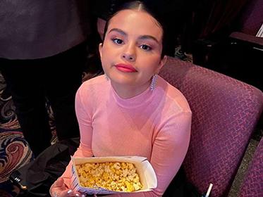 Selena Gomez个人美妆品牌Rare Beauty官宣