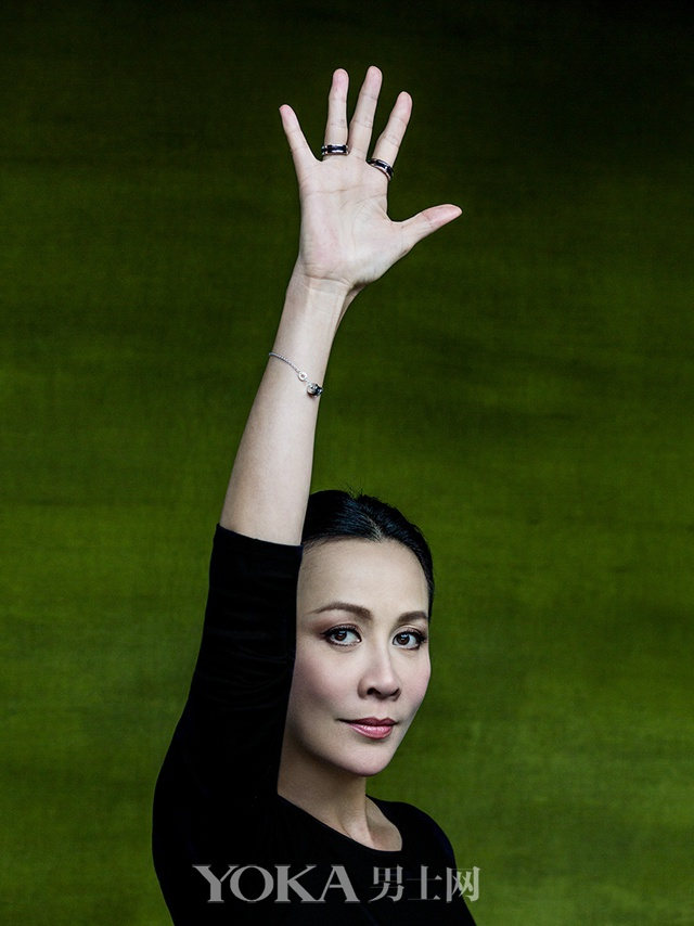 宝格丽大中华区高级珠宝形象大使、中国著名女演员刘嘉玲(Carina Lau)