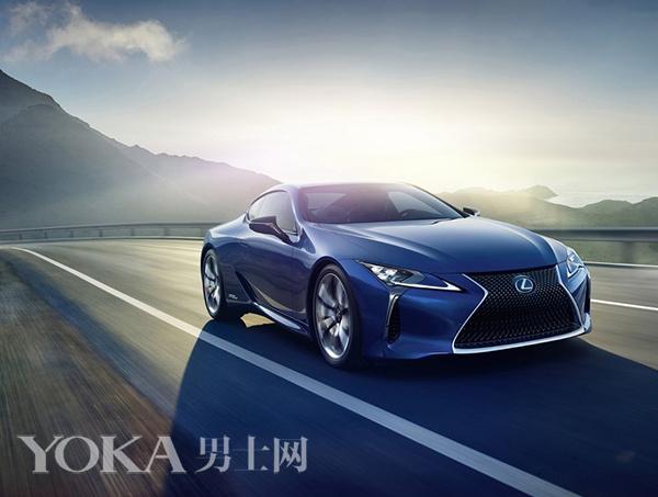 环保的先行者 小李子领衔众明星选择节能汽车