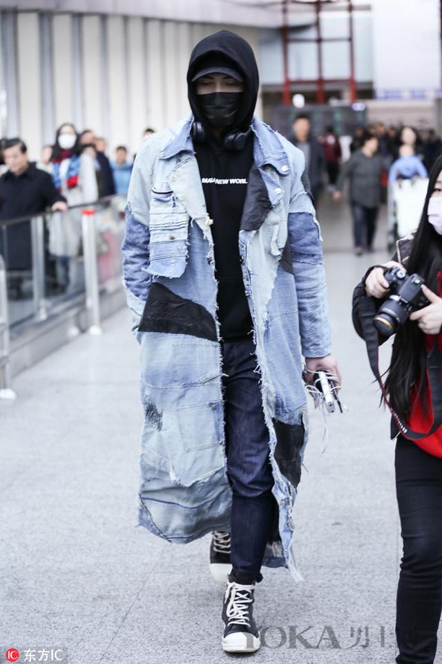 """小李子出街变""""抢匪"""" 帽子和太阳镜该如何搭配"""