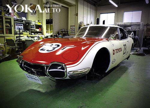 以马自达第一代 Roadster为基础打造