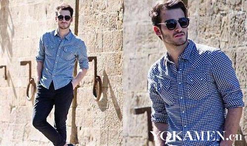 型男蓝色衬衫