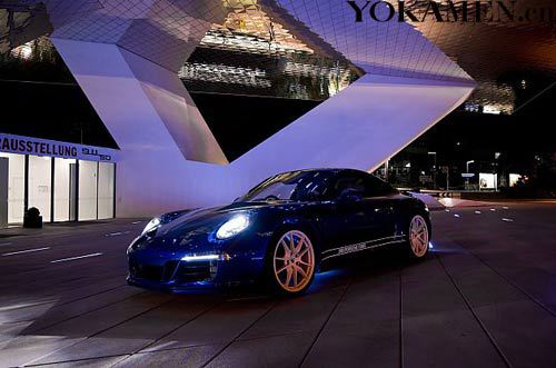 保时捷为此推出了一款特别版车型 保时捷911系列车型50周年纪念活动开