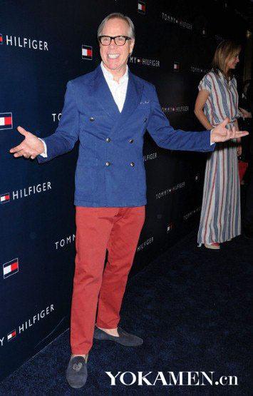 红裤子怎么穿好看