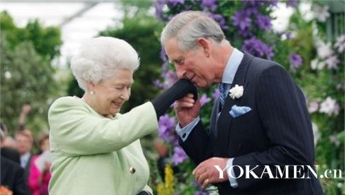 英国女王与查尔斯王子