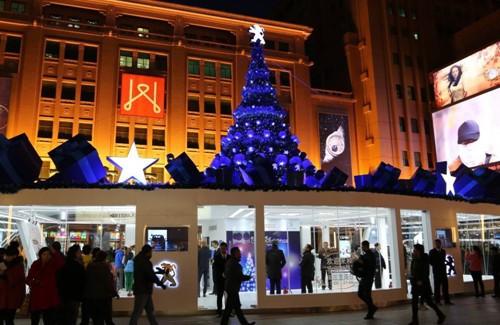 标致圣诞树璀璨京城