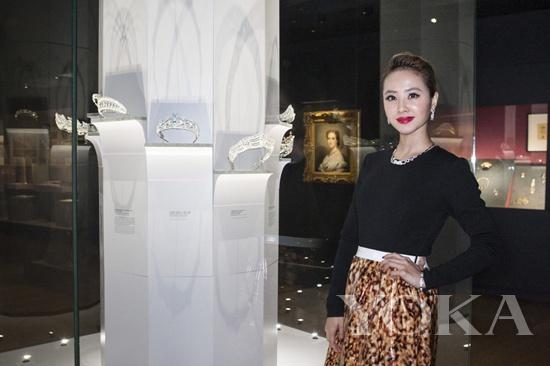 蔡依林与卡地亚典藏之冠冕系列藏品