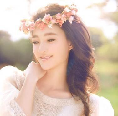 素颜美女王丽坤 优雅发型大盘点(5)