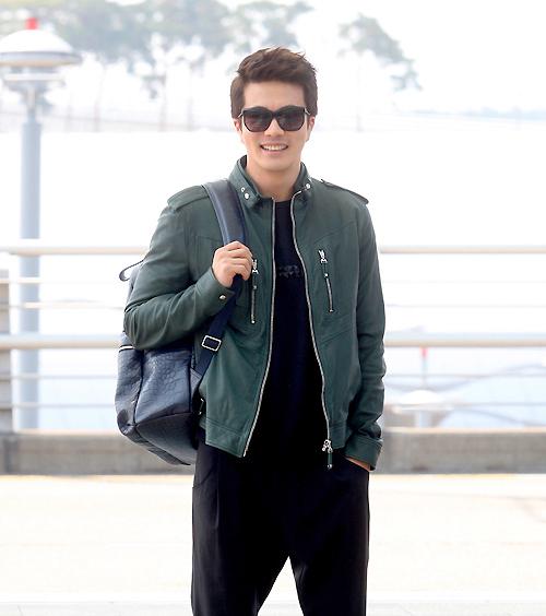 最新韩国男明星街拍 帅气小生 硬朗男人